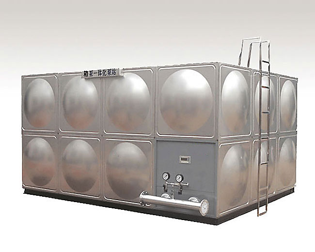 modular water tank for integration of water tank and pump